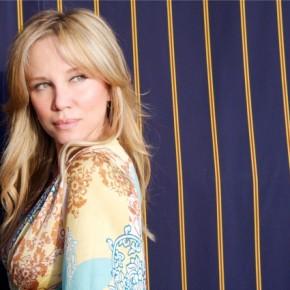 VIDEO: Celebrity interior designer, Kari Whitman at Decor +Design